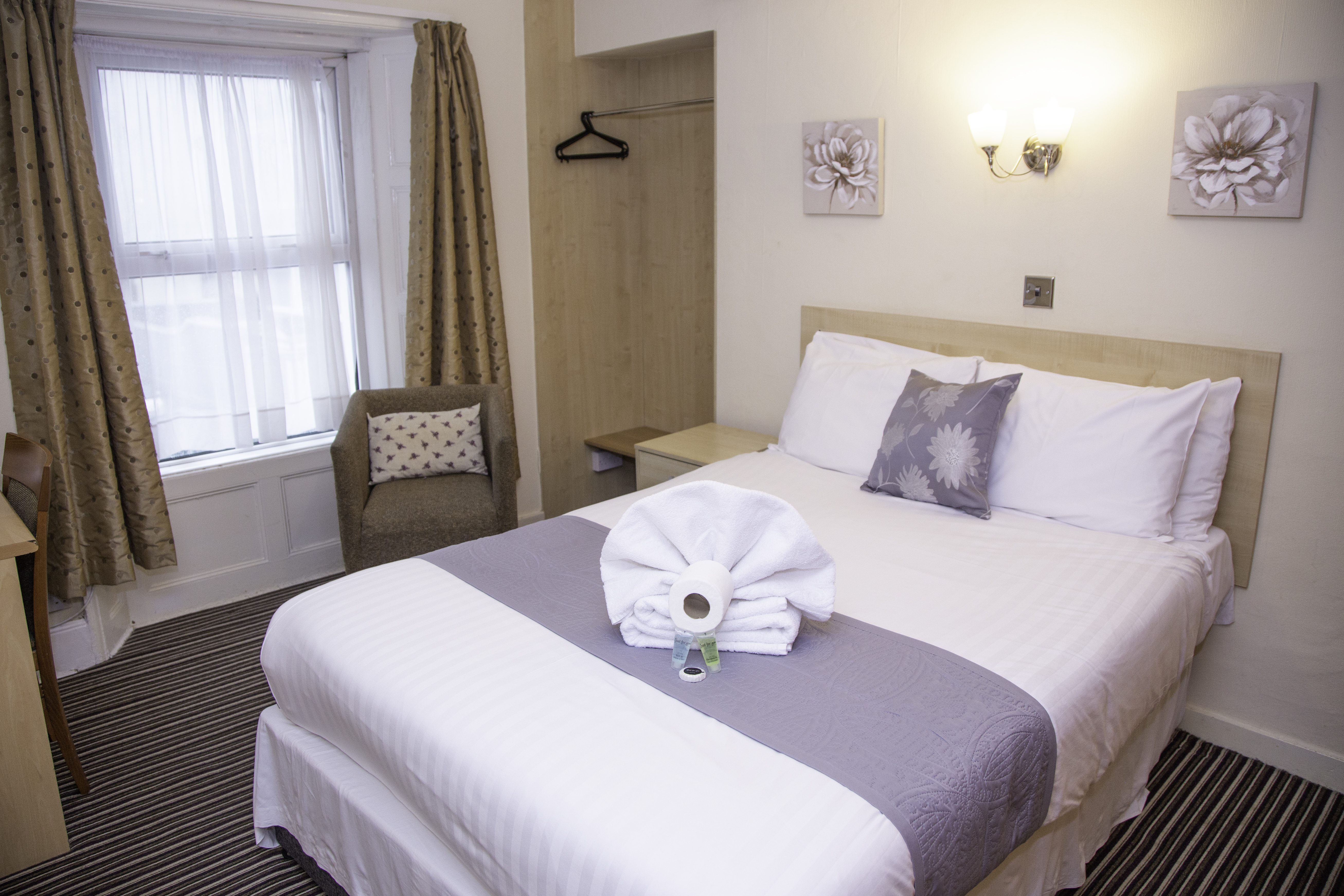 Accommodation in Plymouth, hotels in Plymouth.
